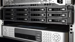 انتخاب بین NVR و VMS : برای سیستم نظارت تصویری شما کدام انتخاب بهتری است؟